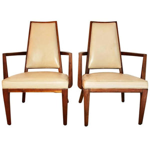 Elegant Pair of Mid-Century Leather Chairs Design by Monteverdi Young