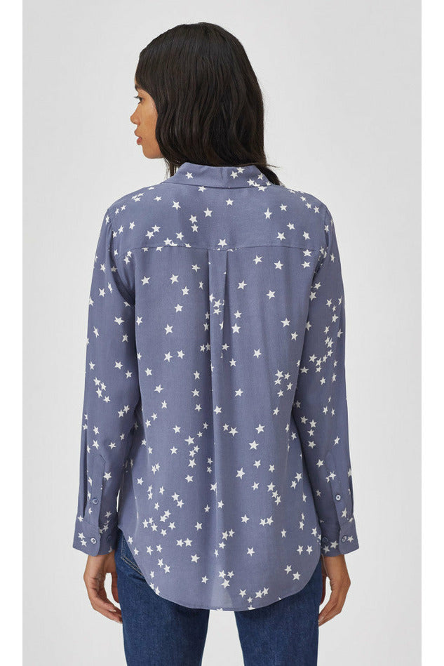 Equipment Slim Essential Silk Shirt - Bluestone/White Stars