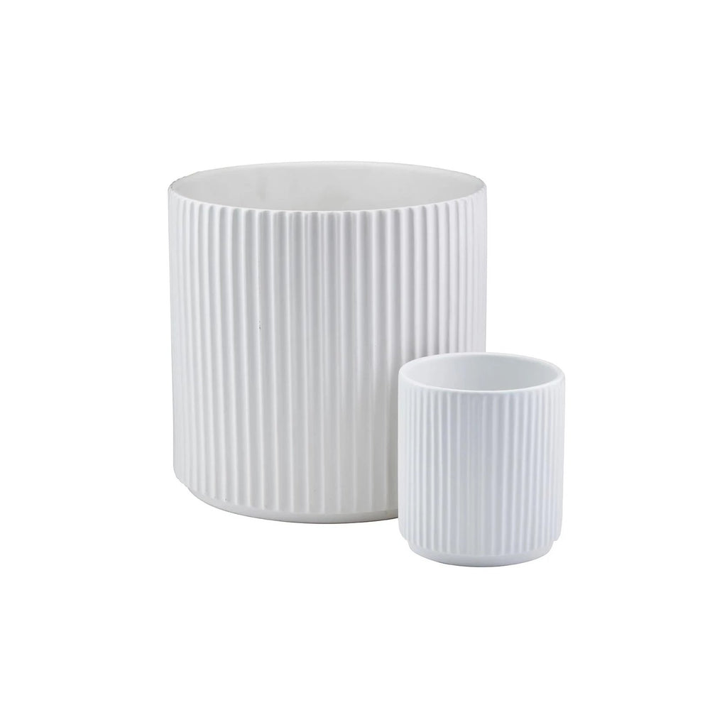 White Ribbed Pot