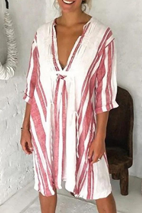 Striped Print Plunging Neck Vintage Half Sleeves Midi Dress