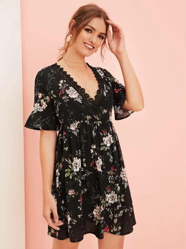 Contrast Lace Floral Print Flounce Sleeve Dress