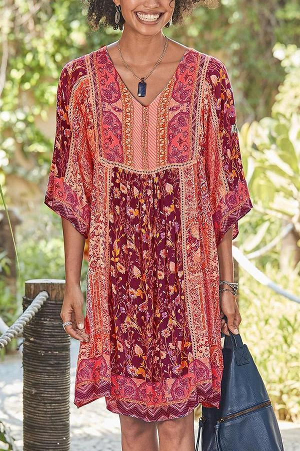 Bohemian Floral Print V-neck Half Sleeves Holiday Midi Dress