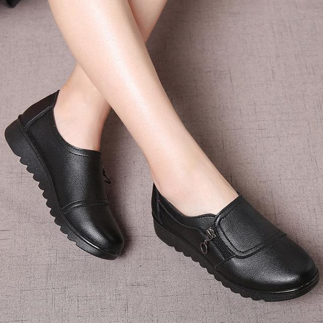 Women Leather Slip on Loafers Anti Slip Moccasins Ladies Flats Shoes