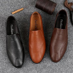 Men's Leather Shoes Pigskin Fall & Winter Casual Loafers & Slip-Ons Wear Proof Light Brown / Dark Brown / Black