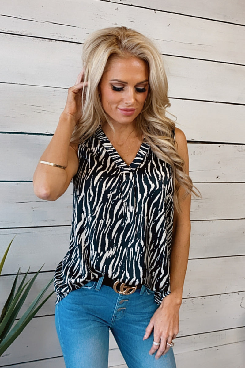 Cool Breeze V-Neck Satin Tank : Black/Cream