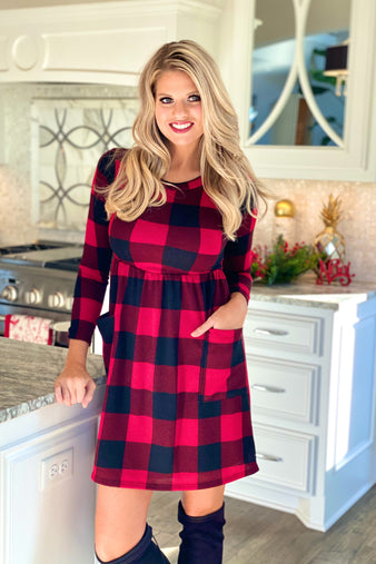 Don't Forget Me Plaid Long Sleeve Pocket Dress : Red/Black