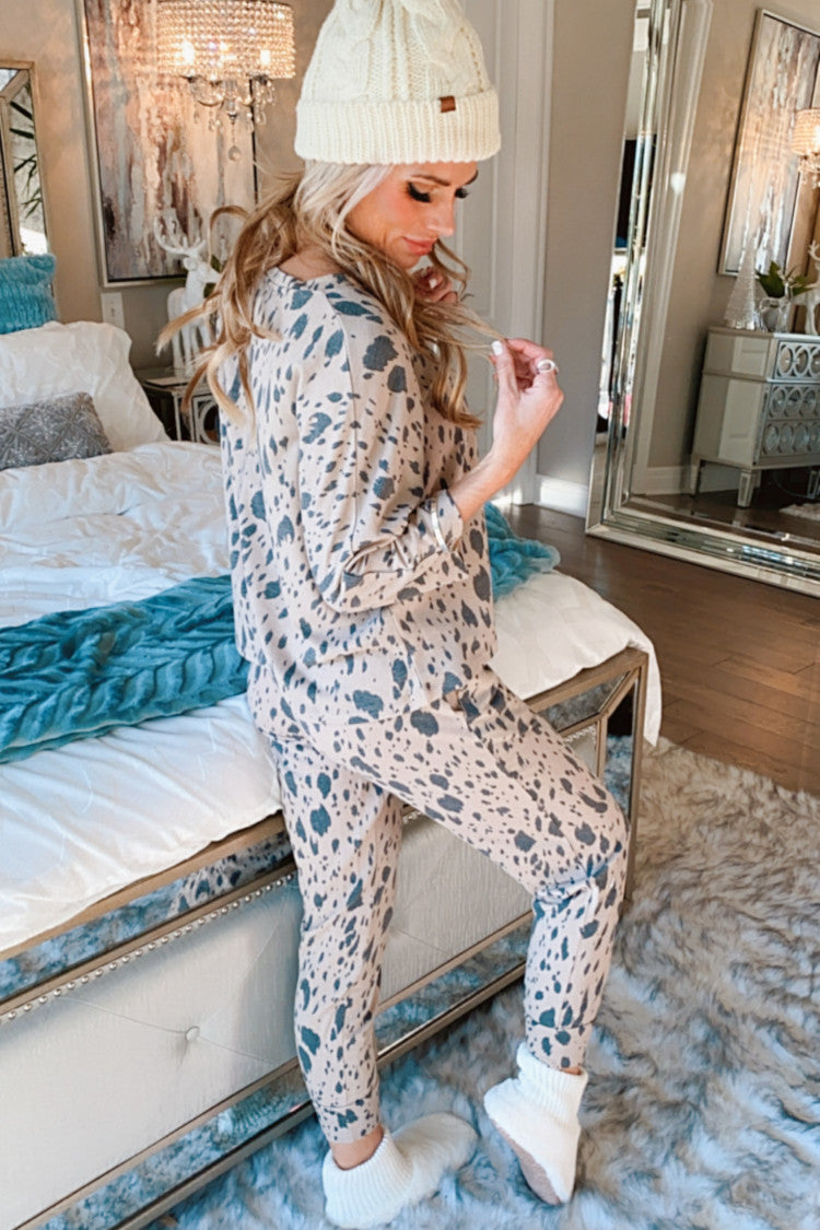 Midnight Hour Leopard Print Lounge Set : Taupe