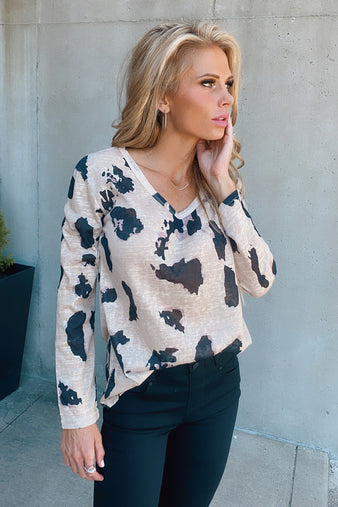 Living Wild Long Sleeve Top : Taupe/Black