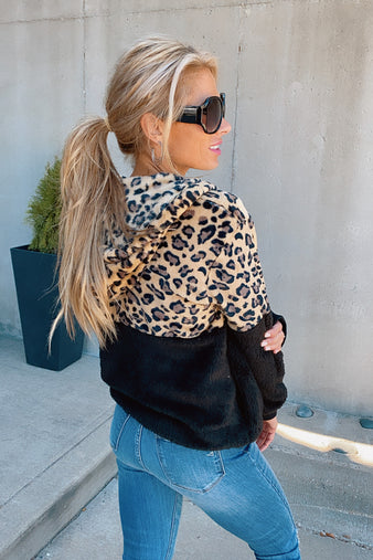 Cuddle Me Up Leopard Pullover : Black