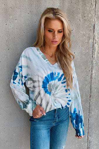 In The Middle Tie Dye Long Sleeve Top : Off White/Sage