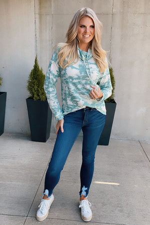 Crushing Light Tie Dye Knit Top : Sage