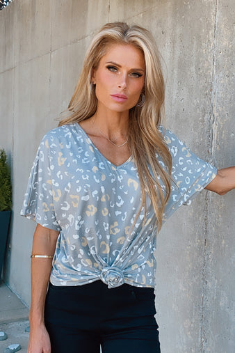 Weekend Vibes Leopard V-Neck Top : Grey