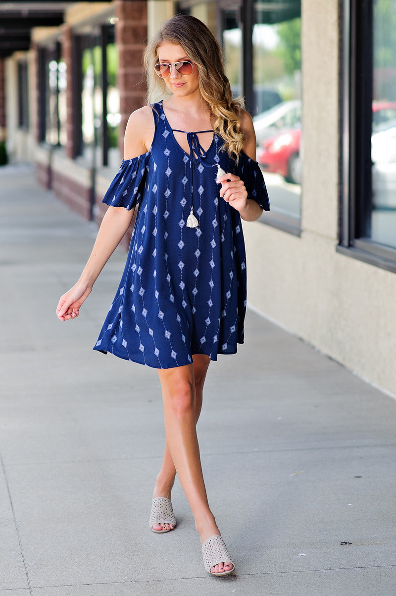 * Diamond In The Rough Cold Shoulder Dress : Navy