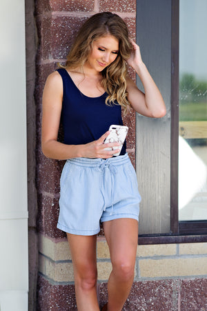 * Streets With No Name Embroidered Tencel Shorts : Light Denim