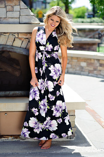 * Moments Like This Floral Maxi : Black