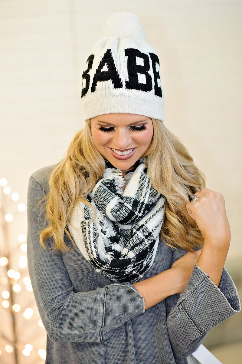 Babe Beanie With Pom: White