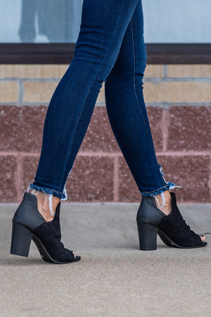 Fleek Open Toe Ankle Cut Heels : Black