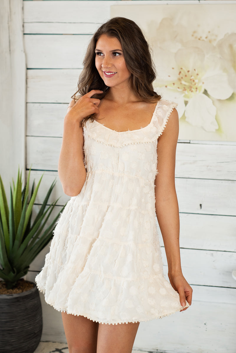 Sweet Tooth Sleeveless Dress : Cream