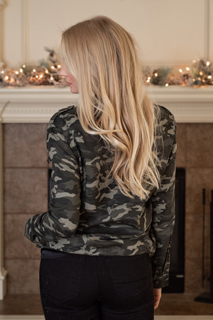 Fall Adventures Zip Up Jacket : Camo