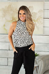 Lucky In Leopard Top : White/Black