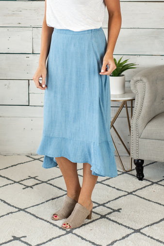 Shoreline Views Denim Midi Skirt : Light Denim