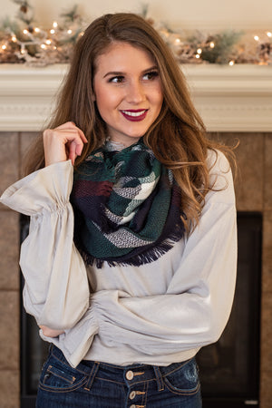 Snuggle Up Infinity Scarf : Green,Navy,White,Red