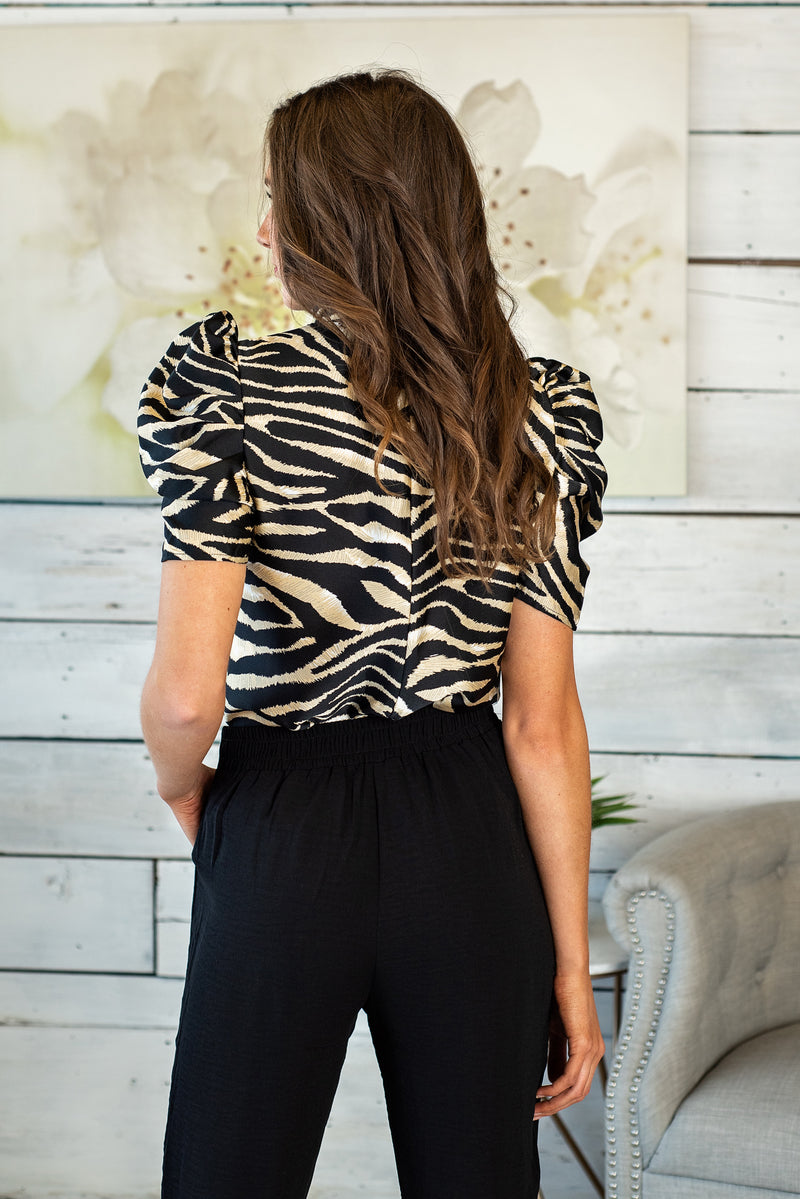 Luxe Life Puff Sleeve Top : Black/Gold