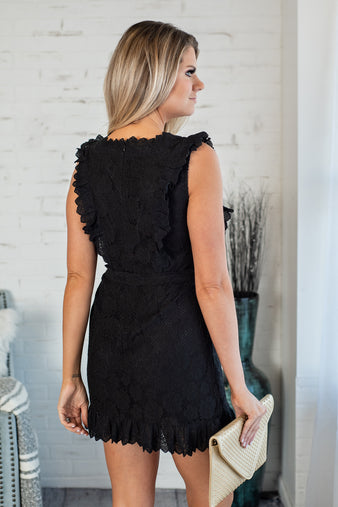 Royal Avenue Lace Tie Front Dress : Black