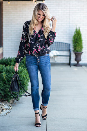 See You There Floral Top : Black
