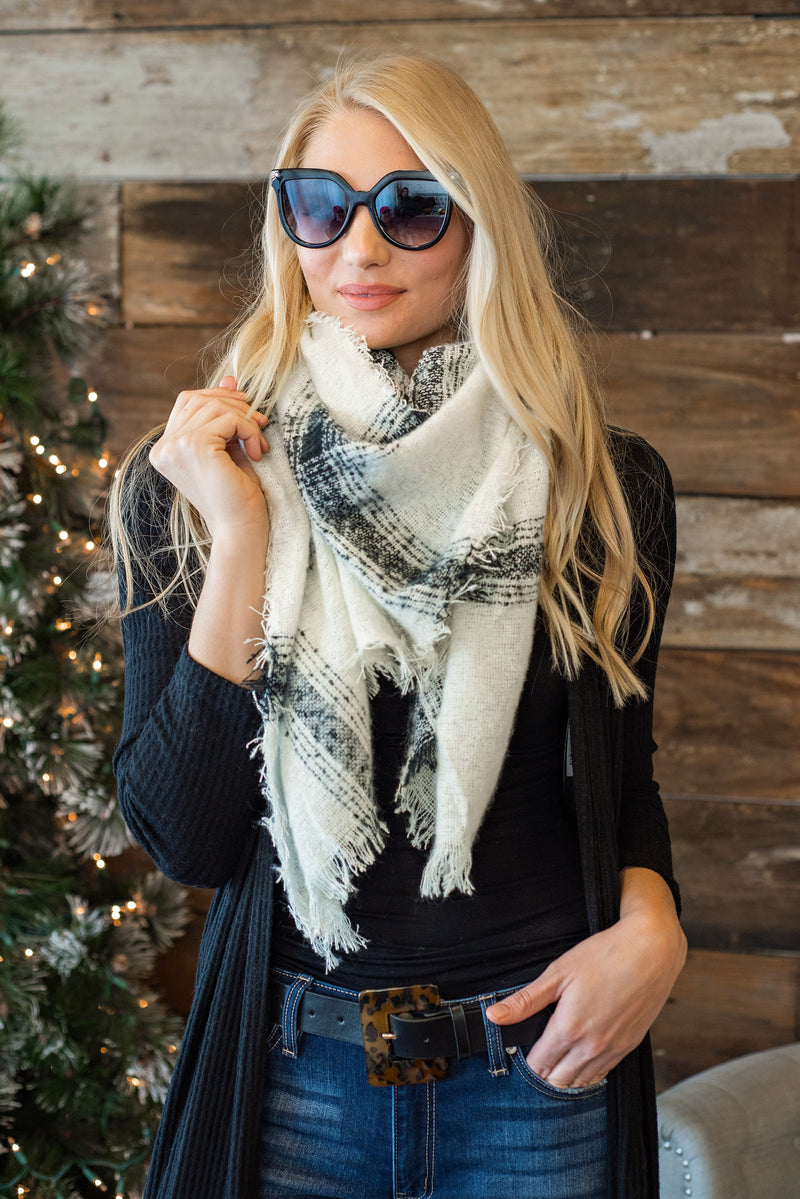 Classic Style Blanket Scarf : Ivory & Black