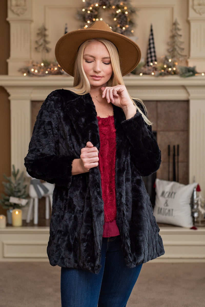 Dramatic Reveal Faux Fur Jacket : Black