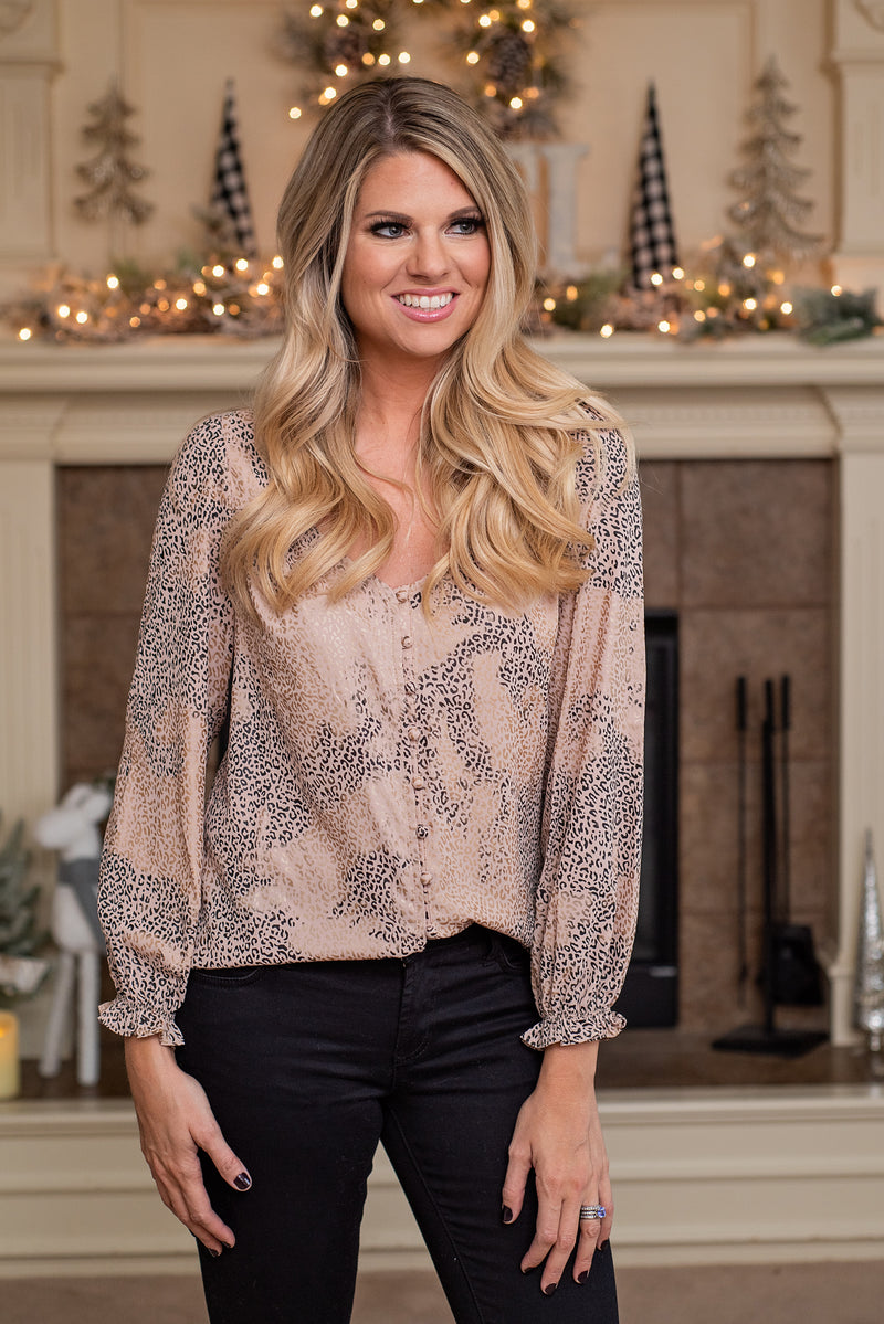 Romantic Retreat Leopard Top : Taupe
