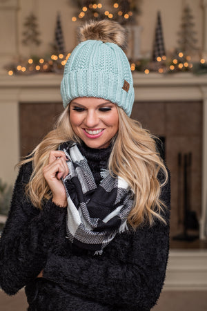 Buffalo Check Infinity Scarf : Black & White