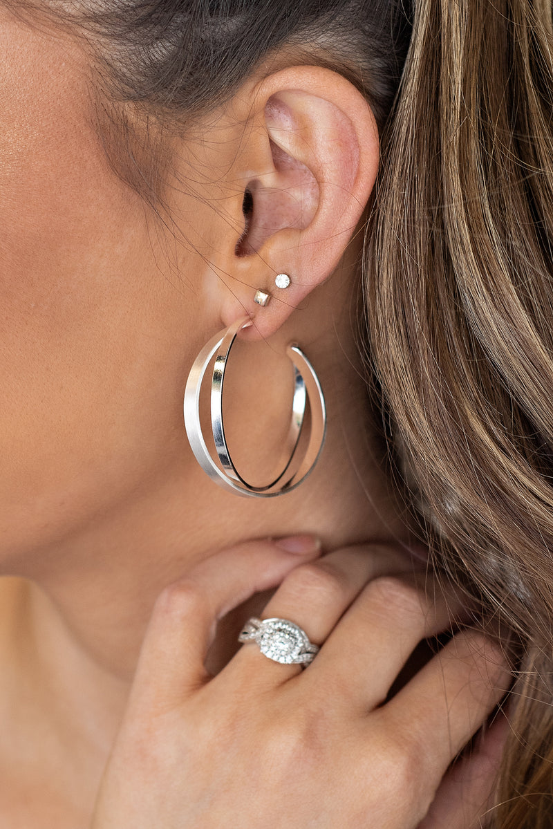 Valentina Double Hoop Earrings : Silver
