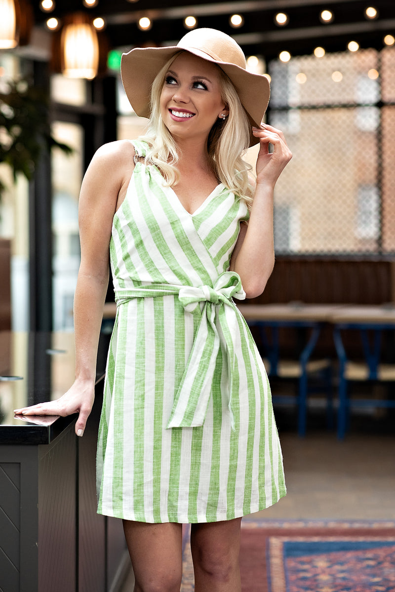 Oh Happy Day Front Tie Dress: Light Green