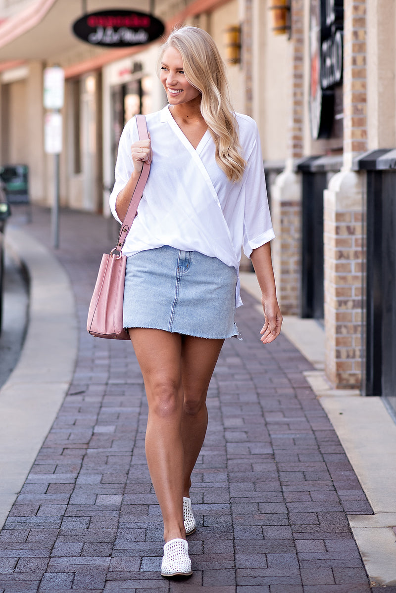 Eye Candy Denim Skirt : Light Wash