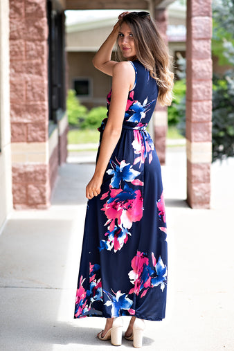 Midnight Blooms Sleeveless Maxi Dress : Navy