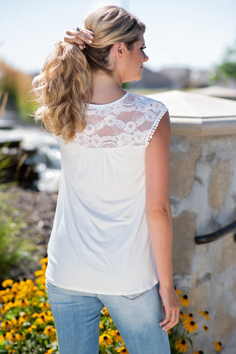 Everywhere At Once Lace Print Top : Ivory