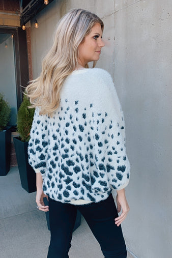 Perfectly Chic Spotted Poncho Sweater : Cream