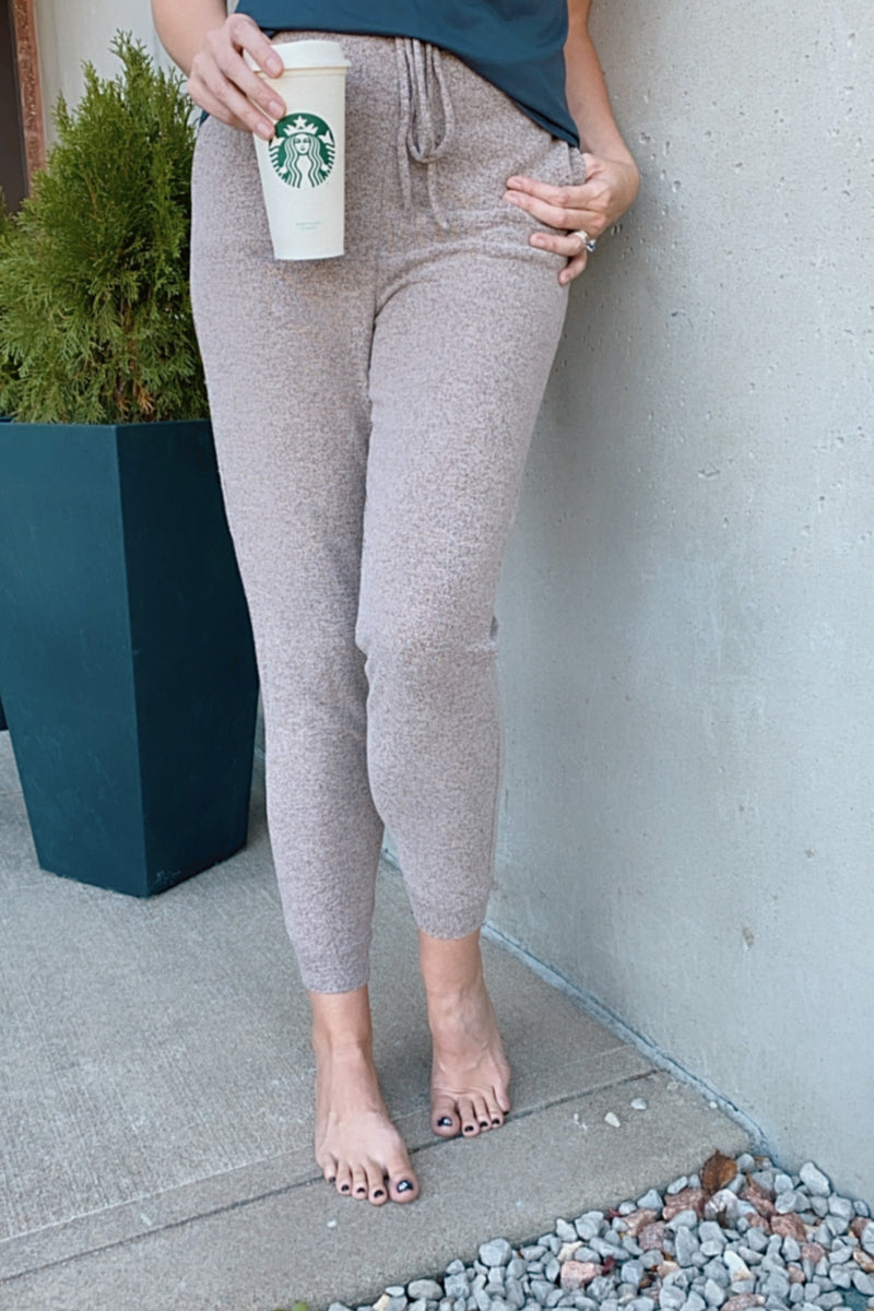 Home Bound Knit Joggers : Mocha