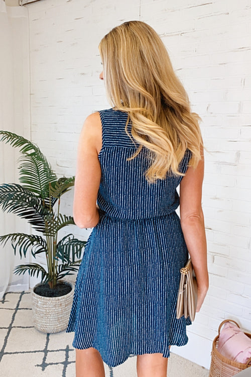 Playing The Part Cinched Waist V-Neck Dress : Navy/White