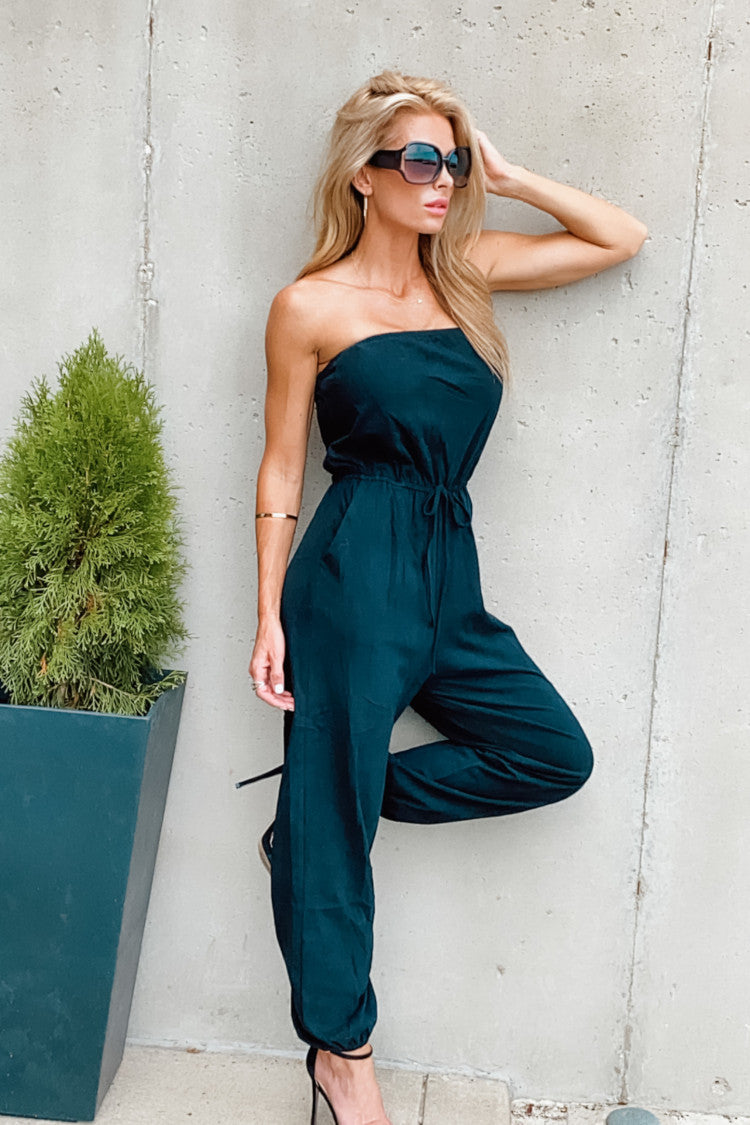 Break Of Dawn Sleeveless Jumpsuit : Black