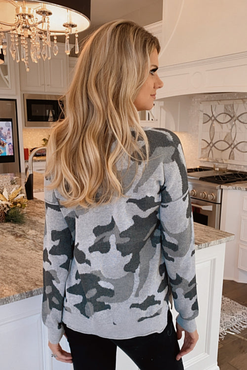 Hope For The Best Camo Print Sweater : Grey