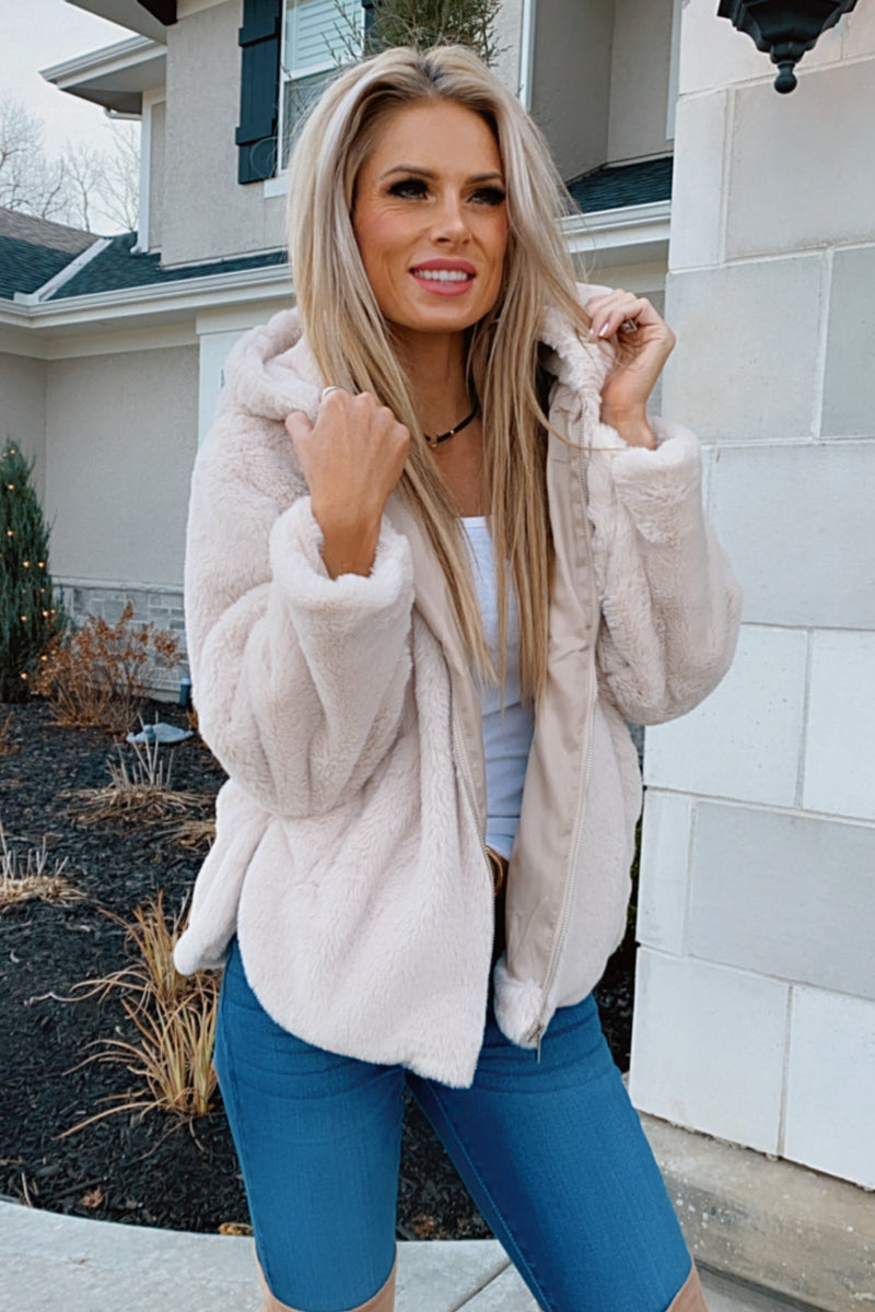 Night Sky Faux Fur Zip Up Jacket : Light Taupe