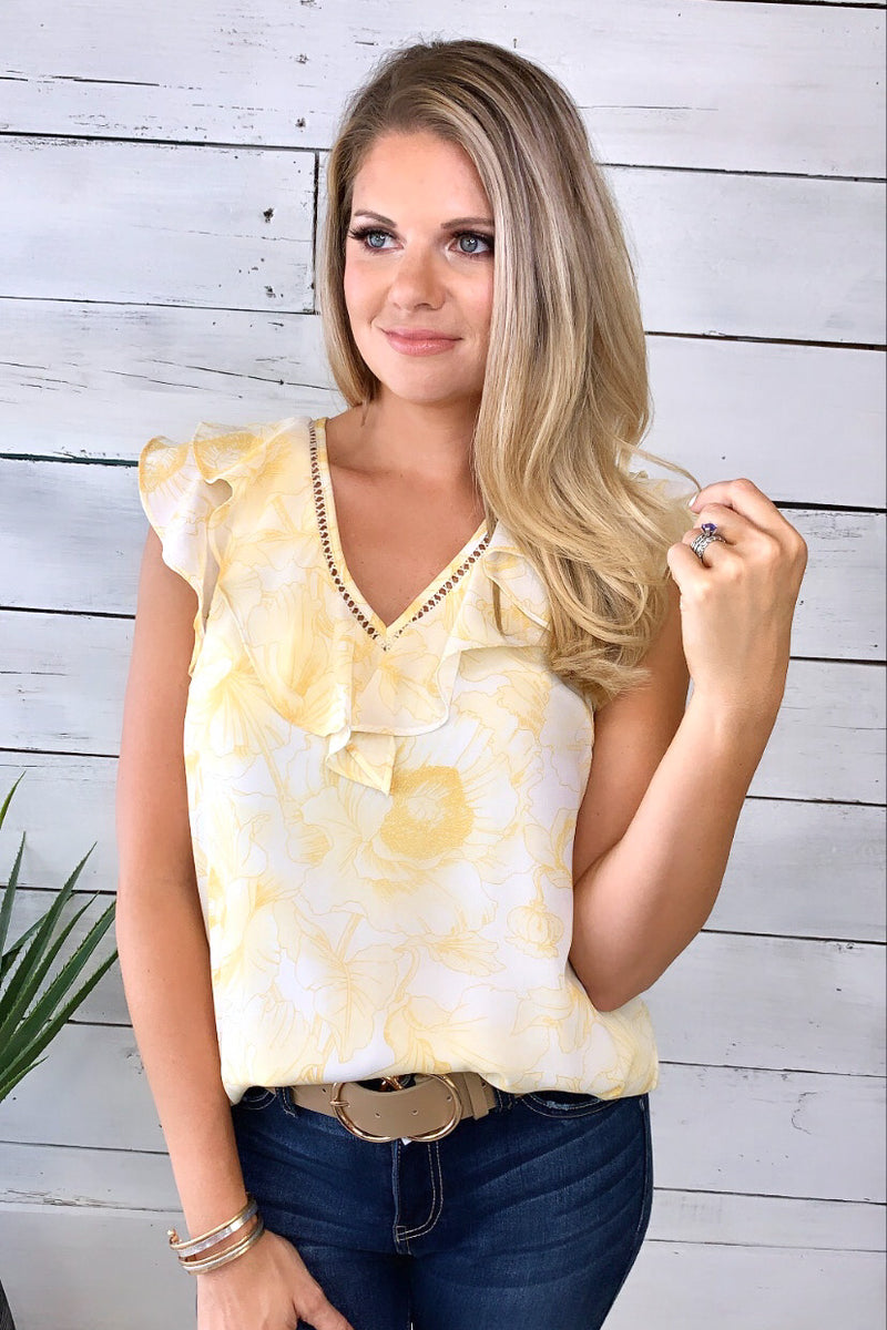 Makes Perfect Sense Floral Top : Yellow/Ivory