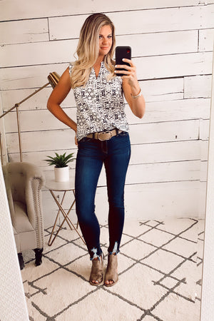 Amazed By You Floral Top : Ivory/Navy
