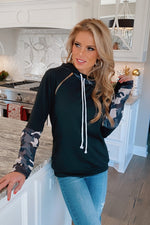 Disguise My Love Side Zip Camo Hoodie : Black