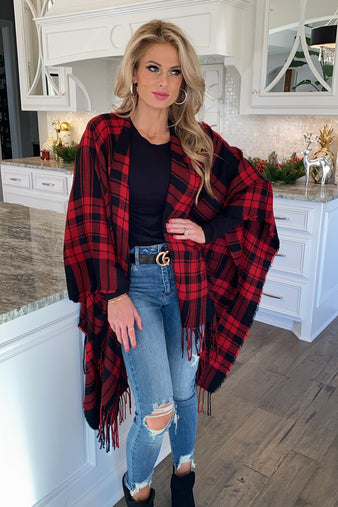 Holiday Bliss Plaid Poncho Wrap : Red/Black
