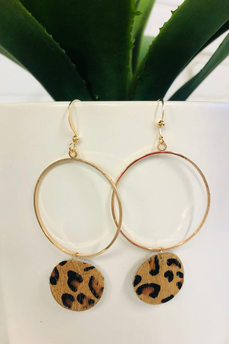 Debbie Cheetah Hoop Earring : Brown