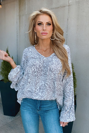 Living Lovely Leopard V-Neck Top : Grey/Ivory